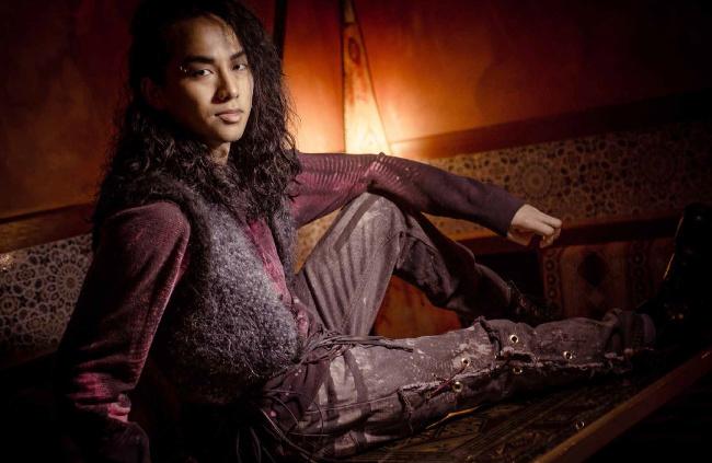 Eco Rocker Jeans Knit gilet di pelliccia con pelliccia fringe- Couture GSB Compassionate Uomo