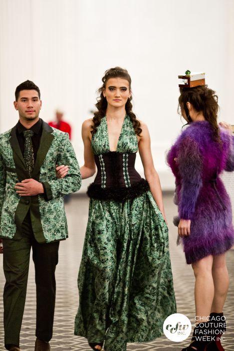 La alta costura para la nueva pareja dinero, j-na pista 2013 de seda verde.