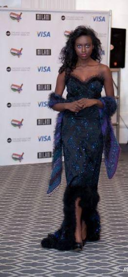 El vestido de noche de pluma gatsby con piel y es vintage j-na couture 2013