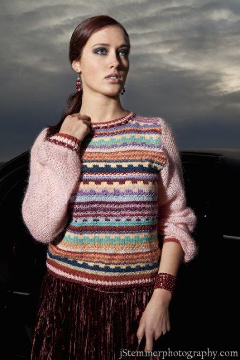 Sueter Couture j-na con joyeria tejida a mano de lujo.