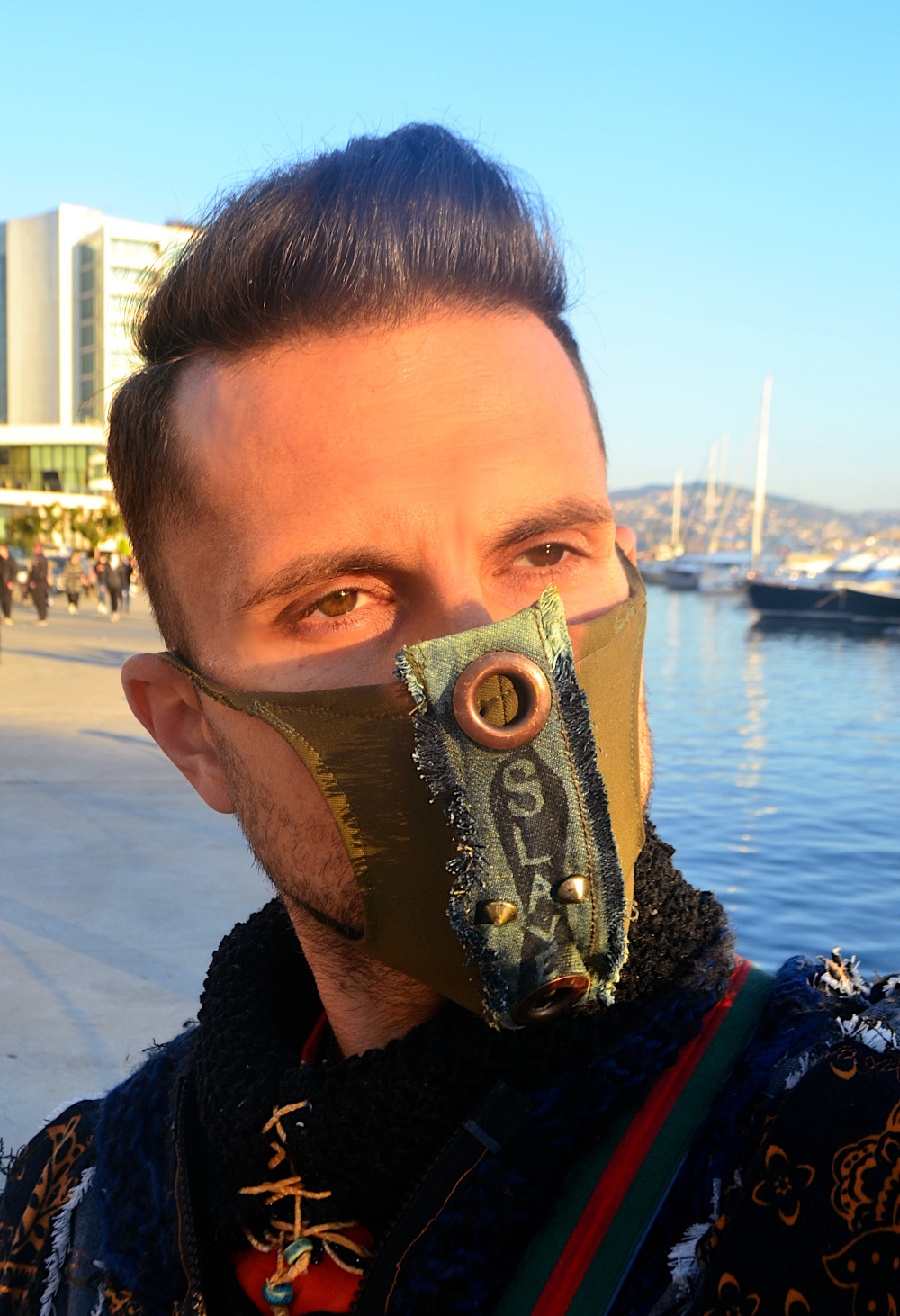 How to style a fashion mask. What is the most important thing when wearing a fashion mask?