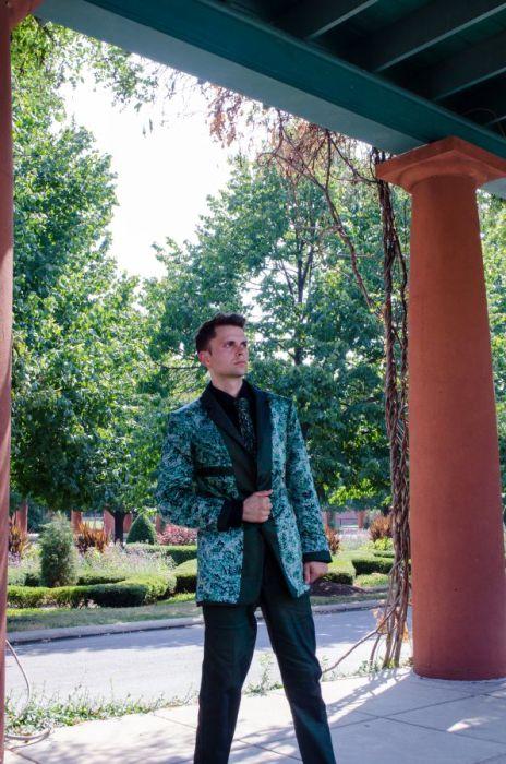 Reversible Eco-silk-Jacket menos huella más utiliza. Couture Responsable vida empoderamiento.