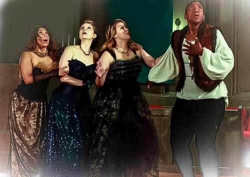 Las doncellas reinas con el príncipe flauta mágica trajes de alta costura de j-na y GSb y costura de Mozart La flauta mágica americana Ópera de Cámara de Chicago.